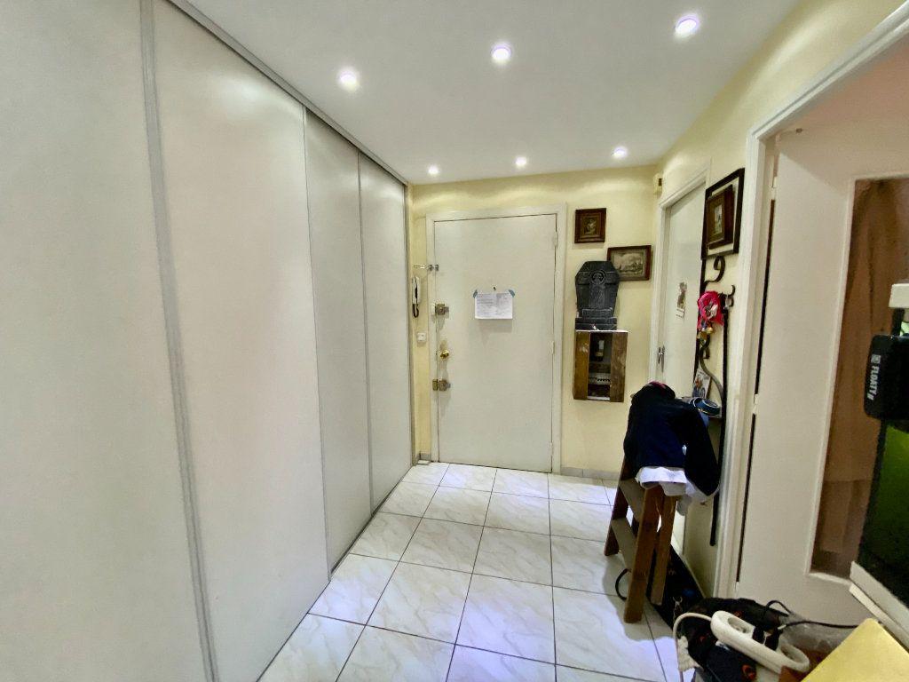 Appartement à vendre 3 65m2 à Grasse vignette-5