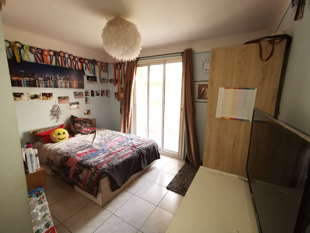 Appartement à vendre 3 65m2 à Grasse vignette-8