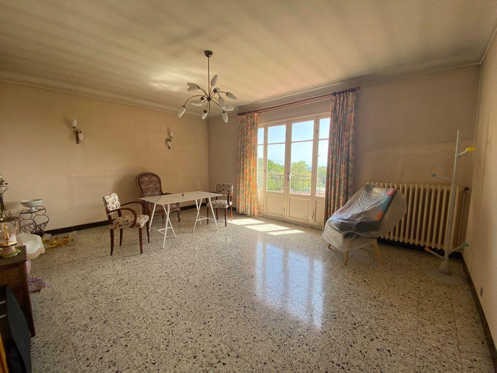 Maison à vendre 8 185.64m2 à Grasse vignette-10