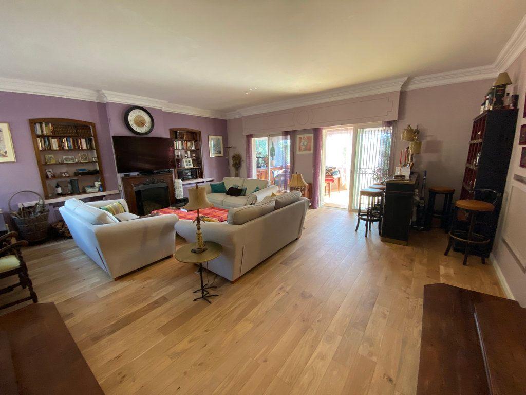 Maison à vendre 7 242m2 à Grasse vignette-2