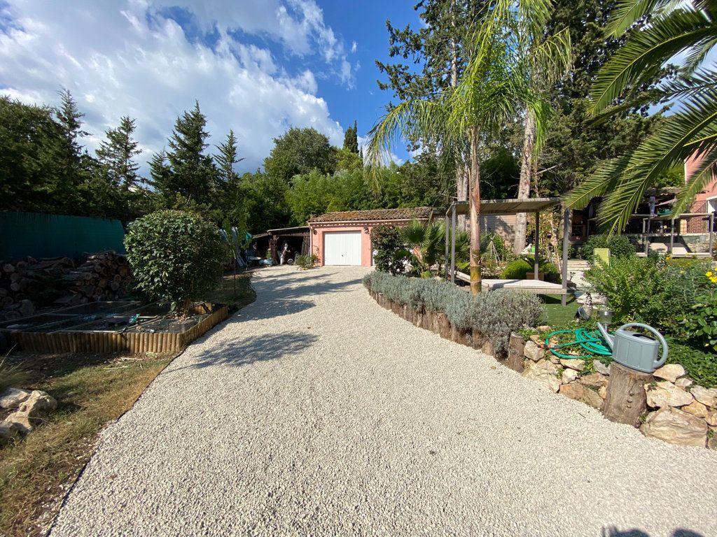 Maison à vendre 7 242m2 à Grasse vignette-15