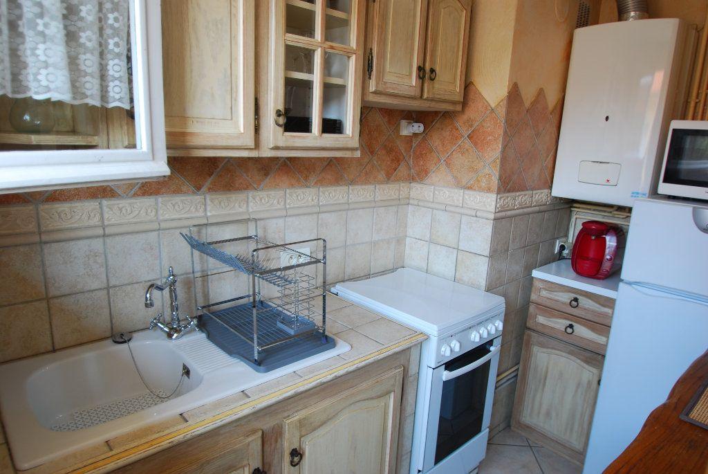 Appartement à louer 2 40m2 à Antibes vignette-4