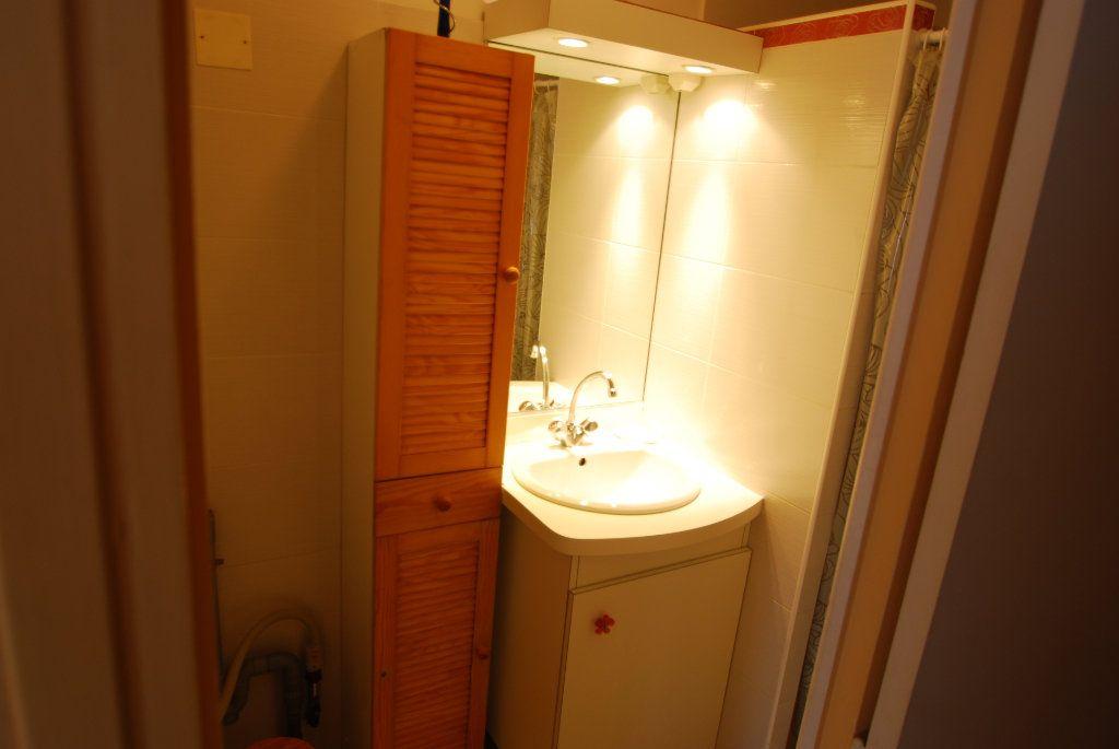 Appartement à louer 2 40m2 à Antibes vignette-5