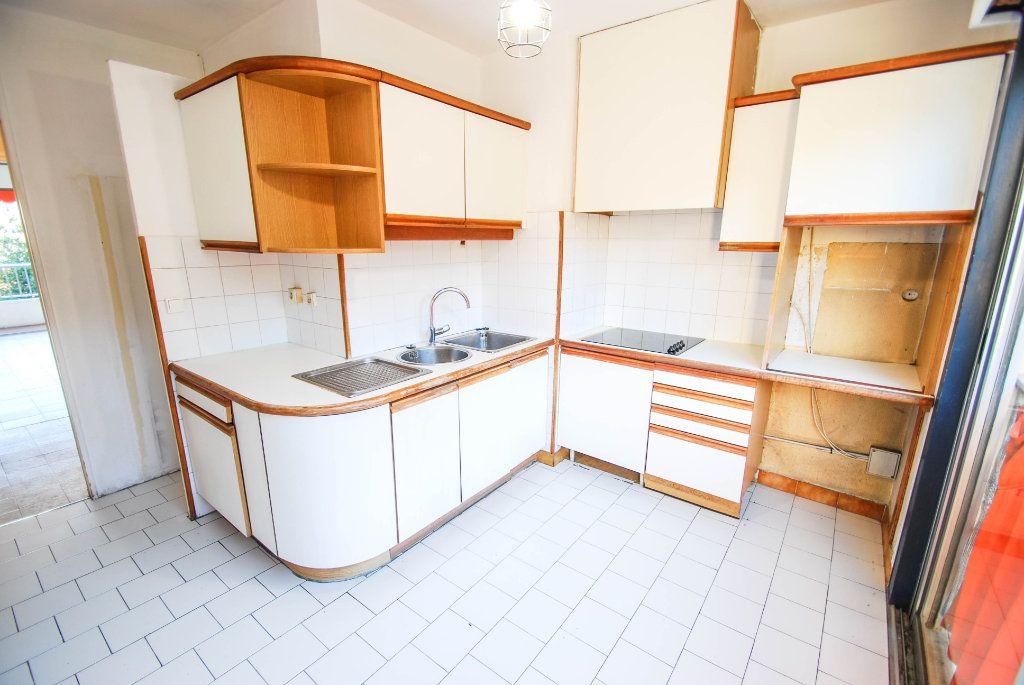 Appartement à vendre 4 71m2 à Antibes vignette-8