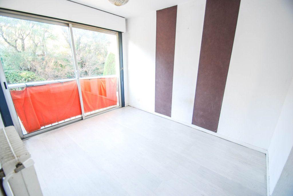 Appartement à vendre 4 71m2 à Antibes vignette-9