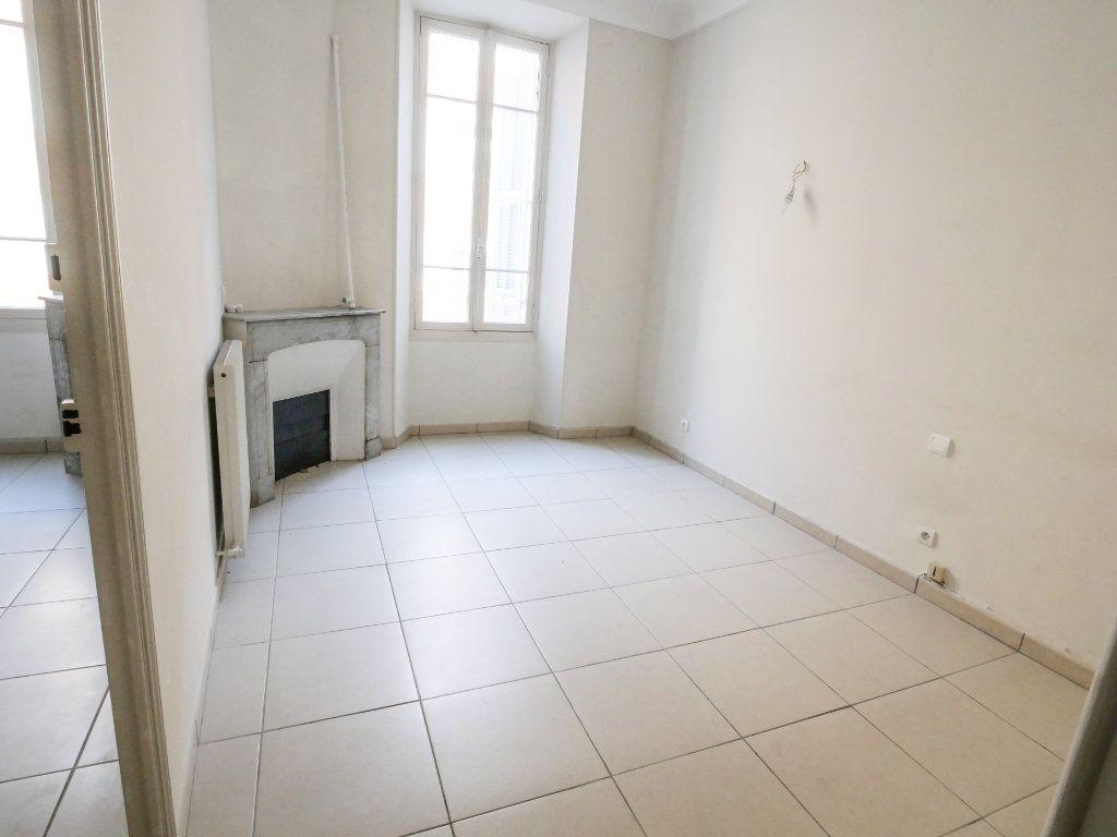 Appartement à louer 3 61.51m2 à Golfe Juan - Vallauris vignette-2