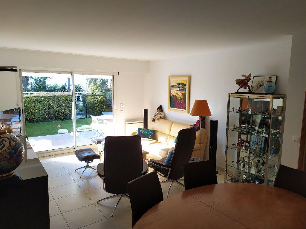 Appartement à vendre 3 86m2 à Antibes vignette-11