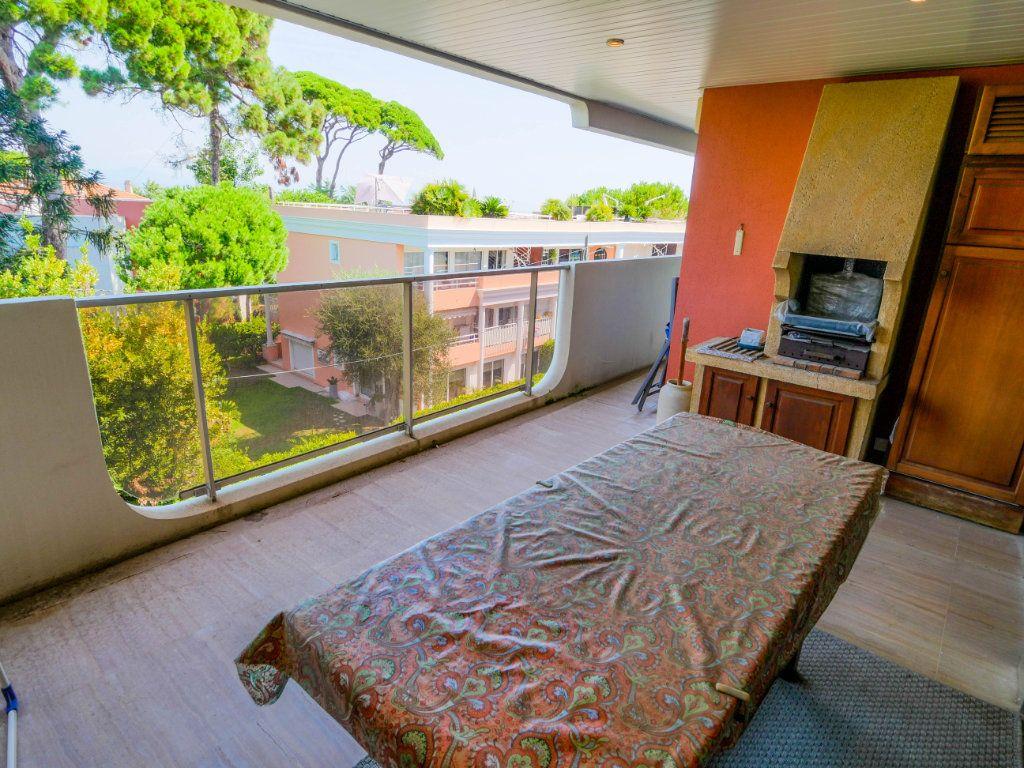 Appartement à vendre 3 97.04m2 à Antibes vignette-3