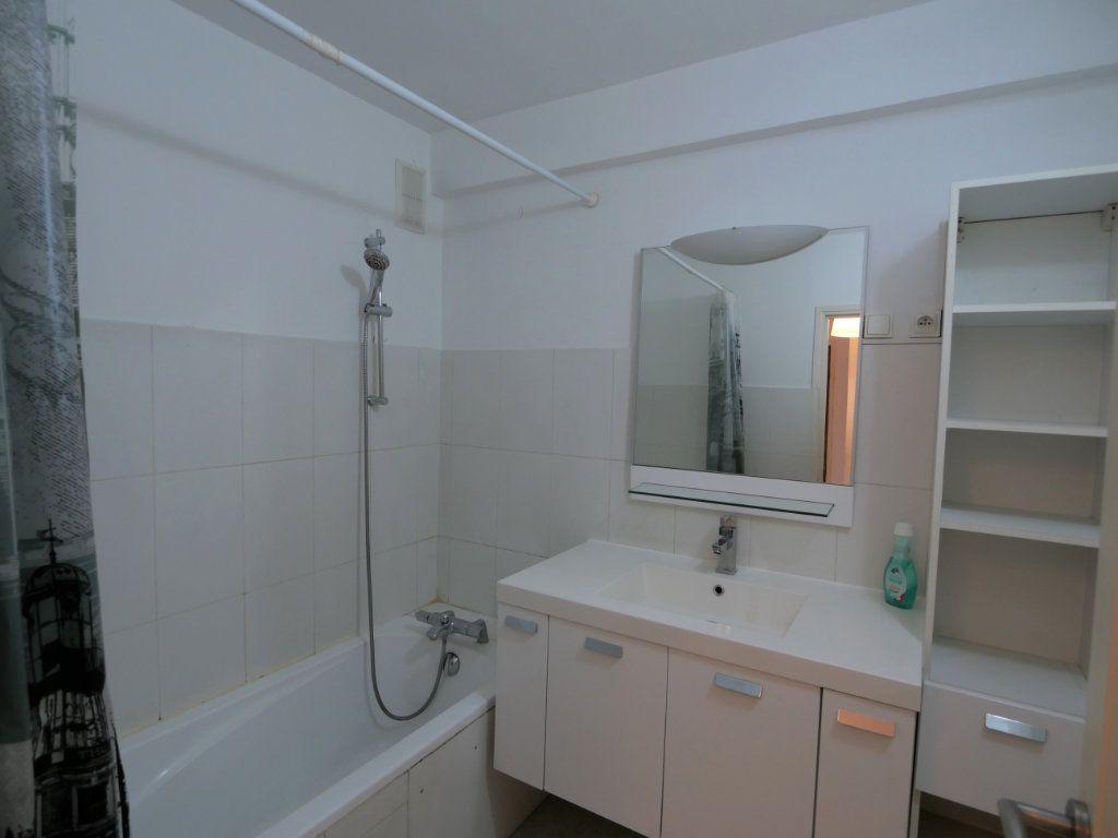 Appartement à vendre 3 73.08m2 à Antibes vignette-6