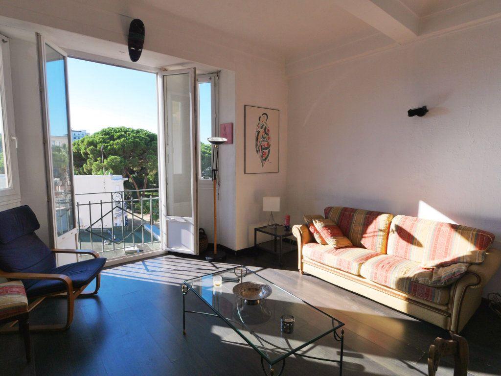 Appartement à vendre 2 45.32m2 à Juan-les-Pins - Antibes vignette-1