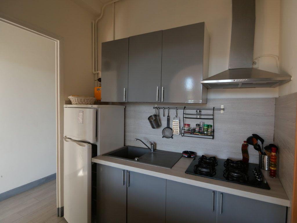 Appartement à vendre 2 45.32m2 à Juan-les-Pins - Antibes vignette-3