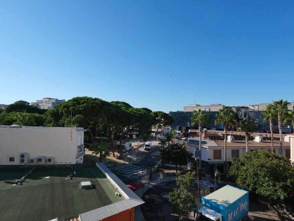 Appartement à vendre 2 45.32m2 à Juan-les-Pins - Antibes vignette-7