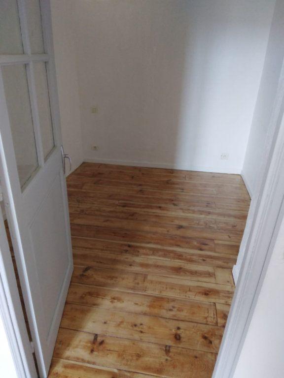 Appartement à louer 1 33m2 à Biot vignette-3