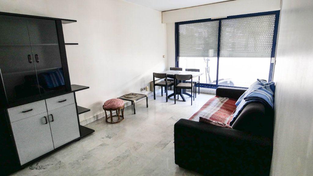 Appartement à vendre 2 45.38m2 à Juan-les-Pins - Antibes vignette-2