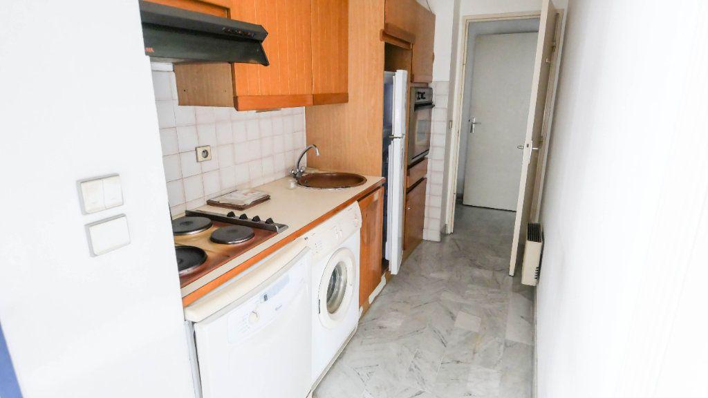 Appartement à vendre 2 45.38m2 à Juan-les-Pins - Antibes vignette-4