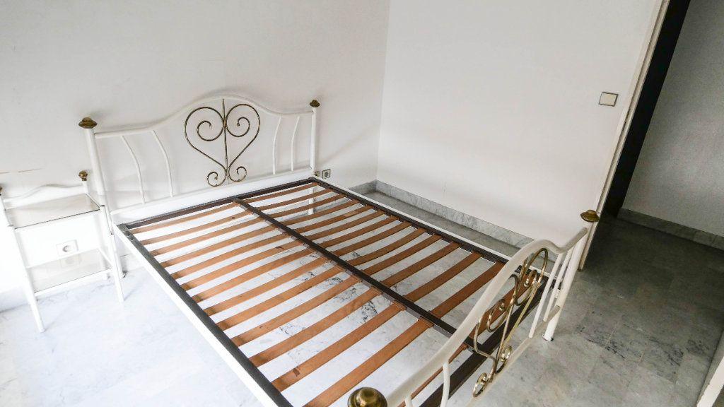 Appartement à vendre 2 45.38m2 à Juan-les-Pins - Antibes vignette-6