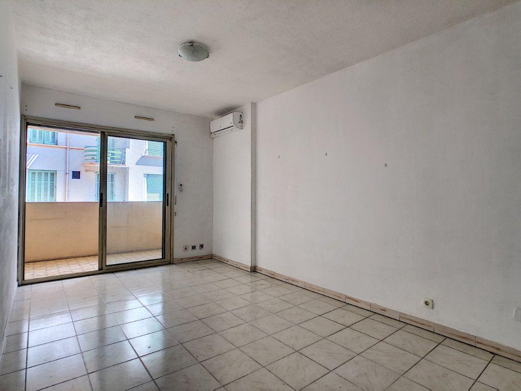 Appartement à vendre 2 36.06m2 à Antibes vignette-1