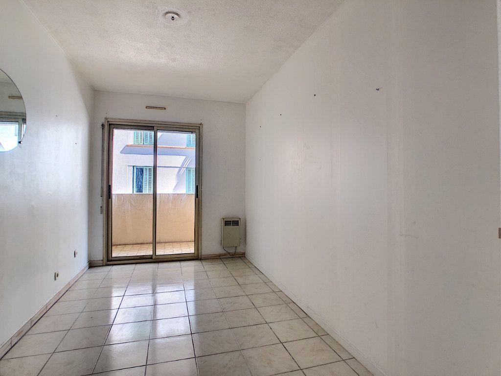 Appartement à vendre 2 36.06m2 à Antibes vignette-4