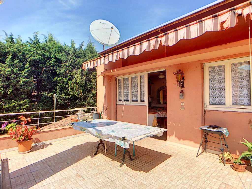 Maison à vendre 8 184m2 à Antibes vignette-2