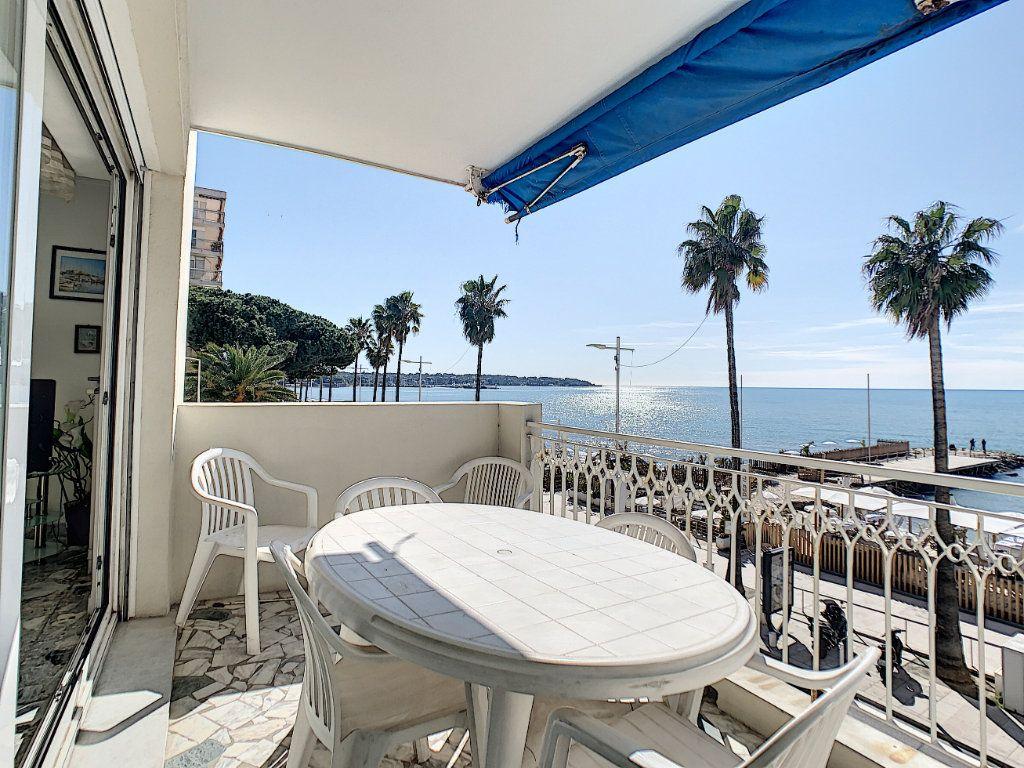 Appartement à vendre 2 54.11m2 à Juan-les-Pins - Antibes vignette-2
