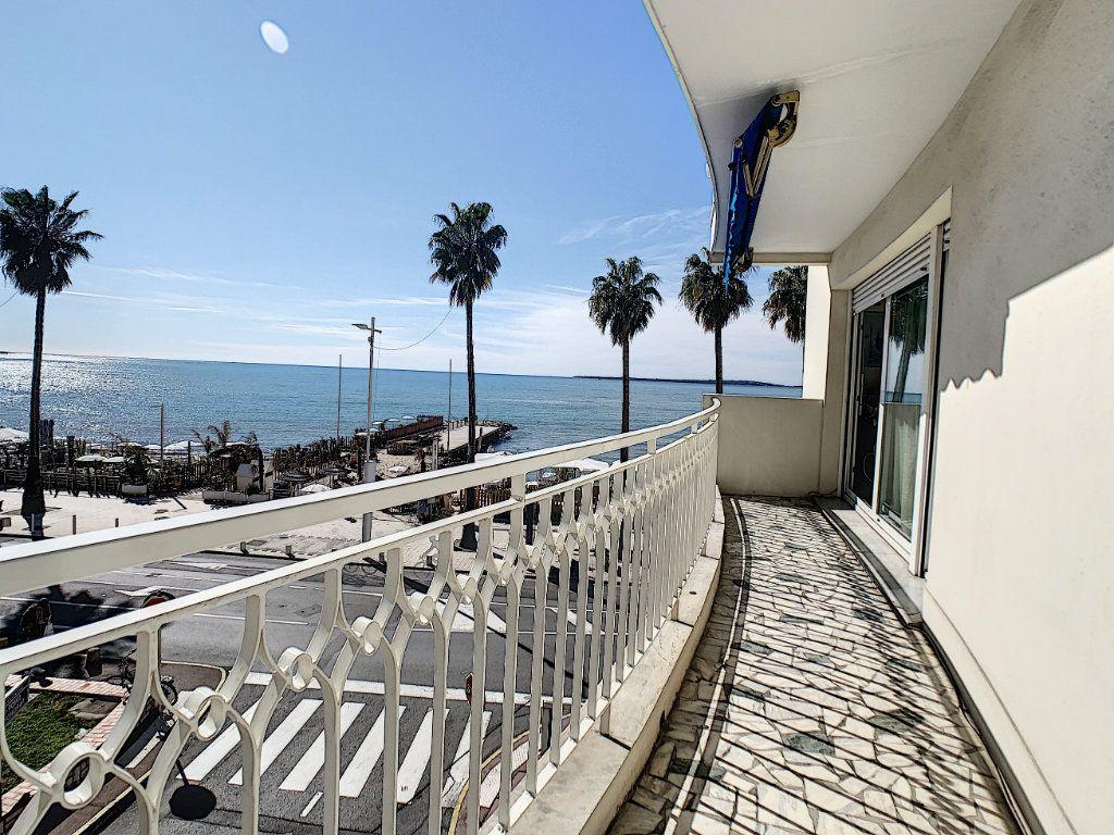 Appartement à vendre 2 54.11m2 à Juan-les-Pins - Antibes vignette-9