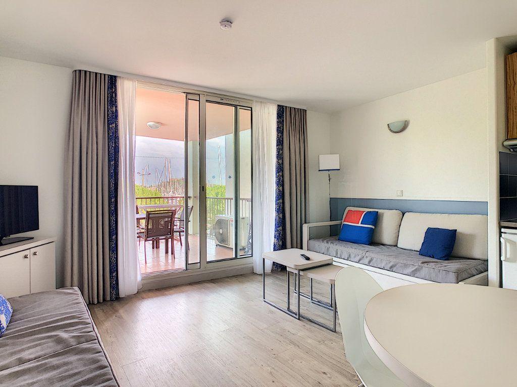 Appartement à vendre 2 35m2 à Antibes vignette-2