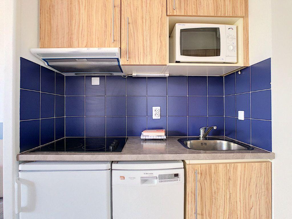Appartement à vendre 2 35m2 à Antibes vignette-8