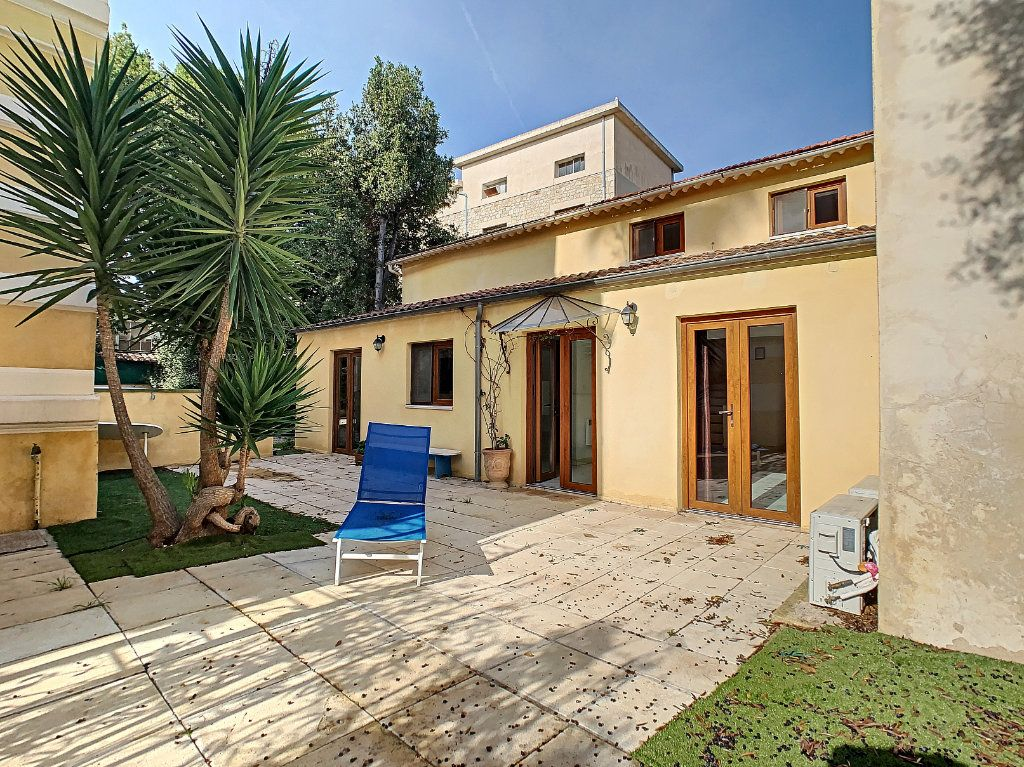 Maison à vendre 3 76.6m2 à Golfe Juan - Vallauris vignette-1