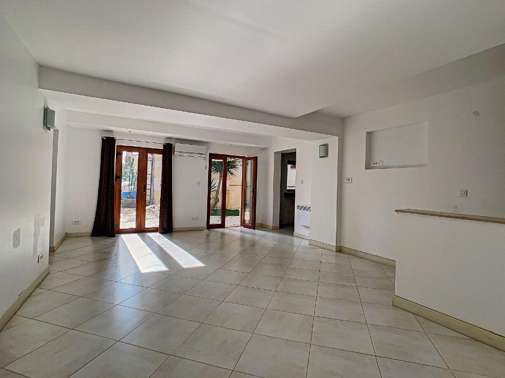 Maison à vendre 3 76.6m2 à Golfe Juan - Vallauris vignette-3