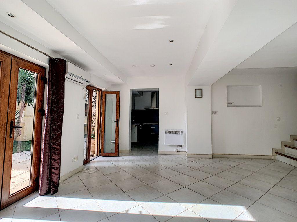 Maison à vendre 3 76.6m2 à Golfe Juan - Vallauris vignette-4