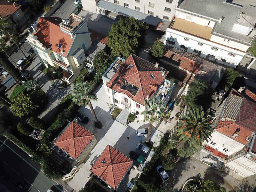 Maison à vendre 3 76.6m2 à Golfe Juan - Vallauris vignette-9