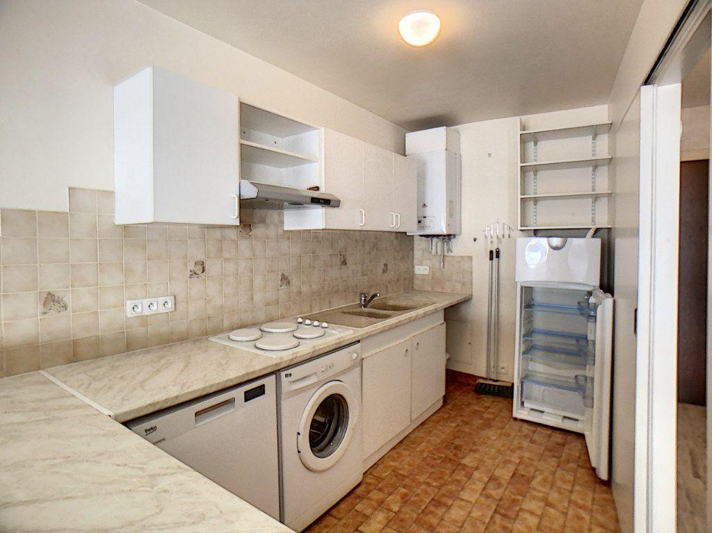 Appartement à vendre 2 45.96m2 à Antibes vignette-3