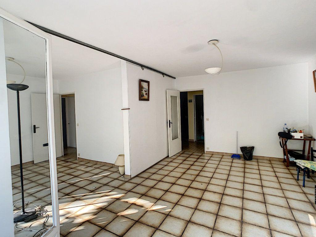 Appartement à vendre 4 84m2 à Antibes vignette-6