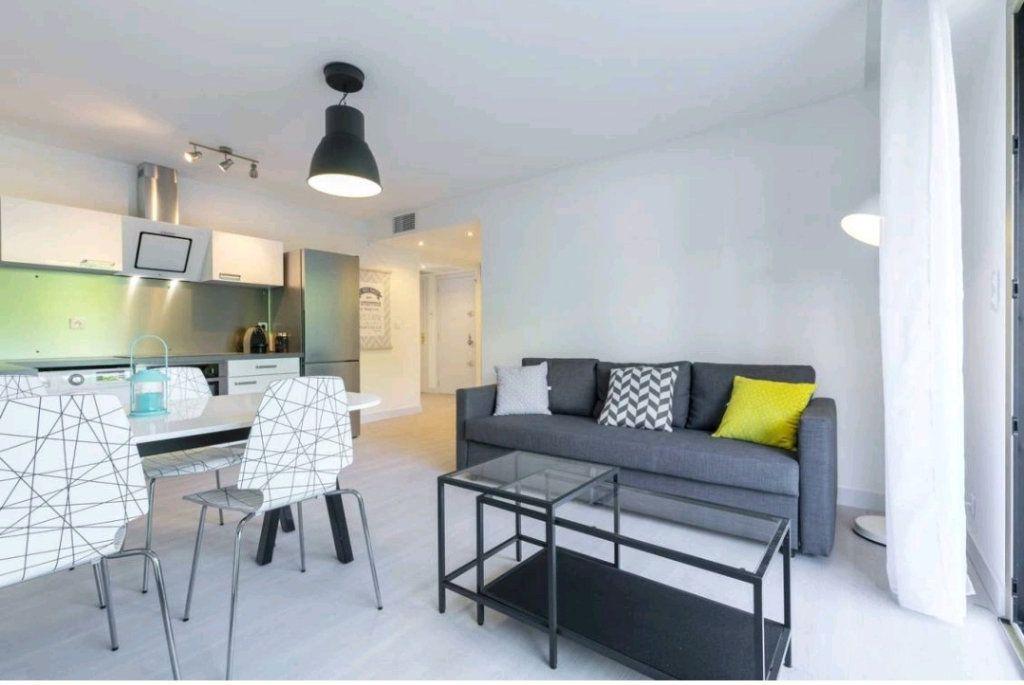 Appartement à vendre 3 55m2 à Antibes vignette-4