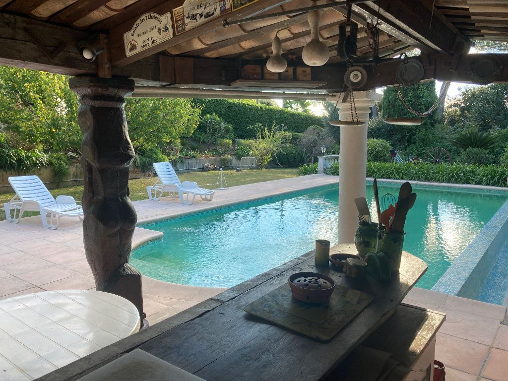 Maison à vendre 6 240m2 à Antibes vignette-4