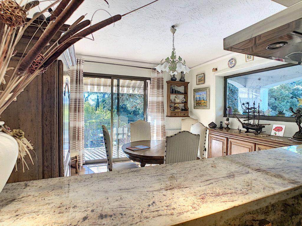 Maison à vendre 6 240m2 à Antibes vignette-7