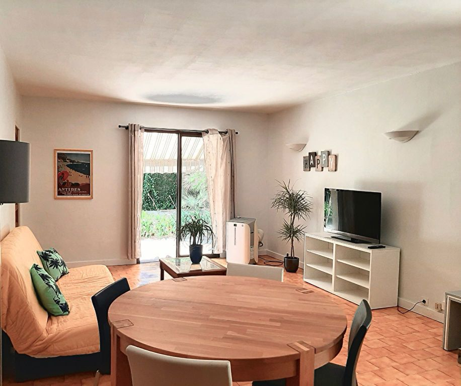Maison à vendre 6 240m2 à Antibes vignette-15
