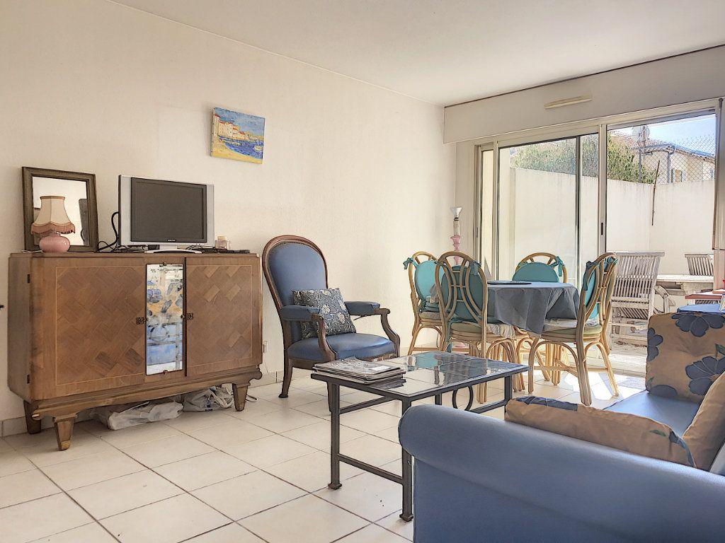 Appartement à vendre 2 47.93m2 à Cannes vignette-1