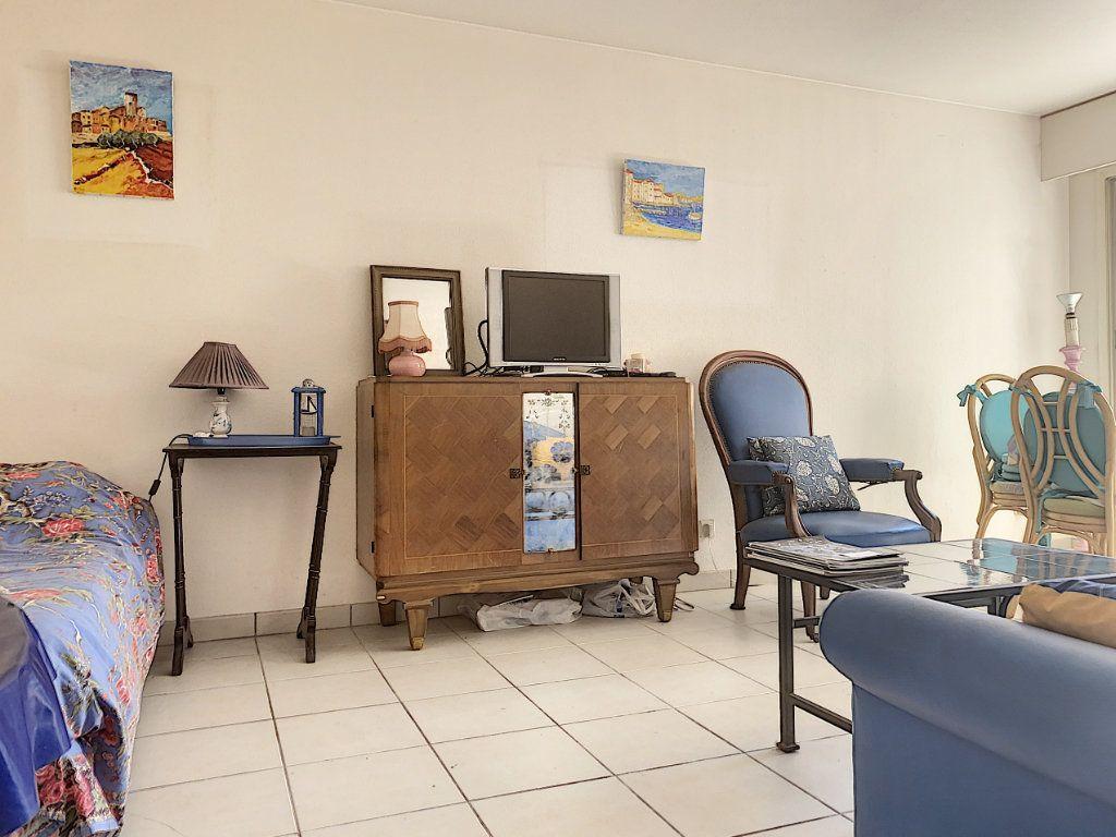 Appartement à vendre 2 47.93m2 à Cannes vignette-8