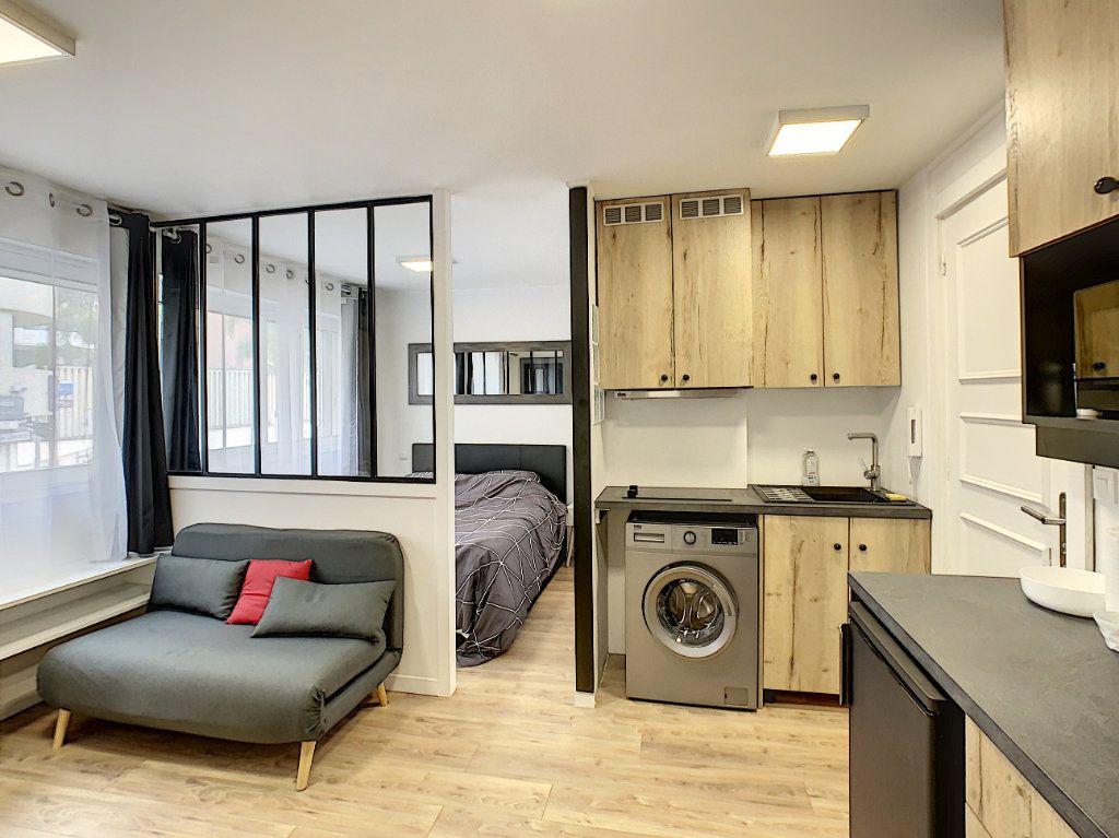 Appartement à vendre 2 25m2 à Cannes vignette-1