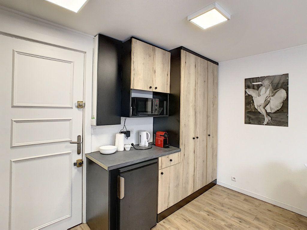 Appartement à vendre 2 25m2 à Cannes vignette-3