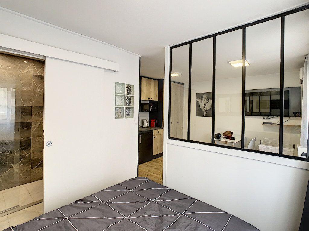 Appartement à vendre 2 25m2 à Cannes vignette-5