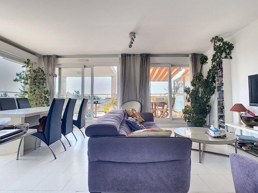 Appartement à vendre 3 66.28m2 à Antibes vignette-5