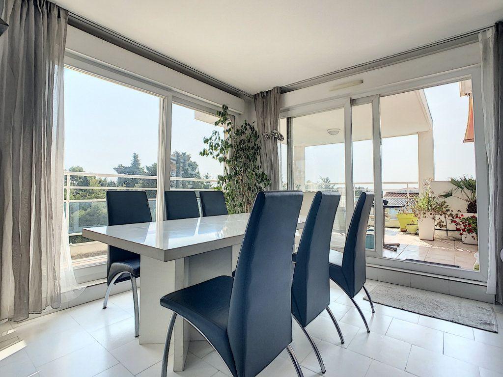 Appartement à vendre 3 66.28m2 à Antibes vignette-7