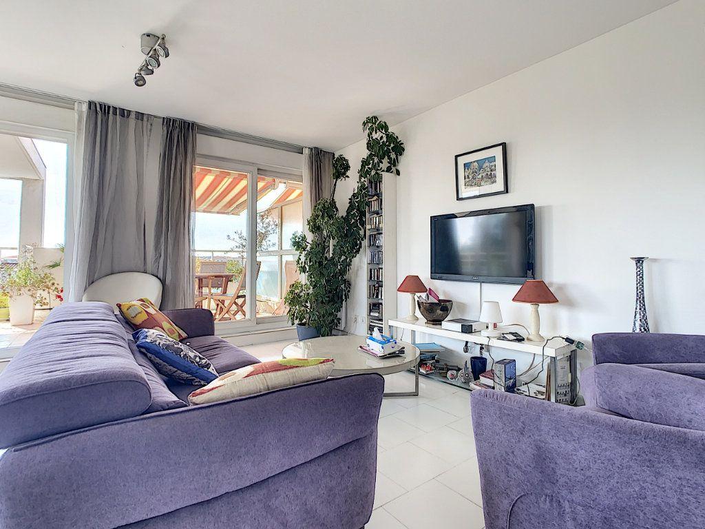 Appartement à vendre 3 66.28m2 à Antibes vignette-8