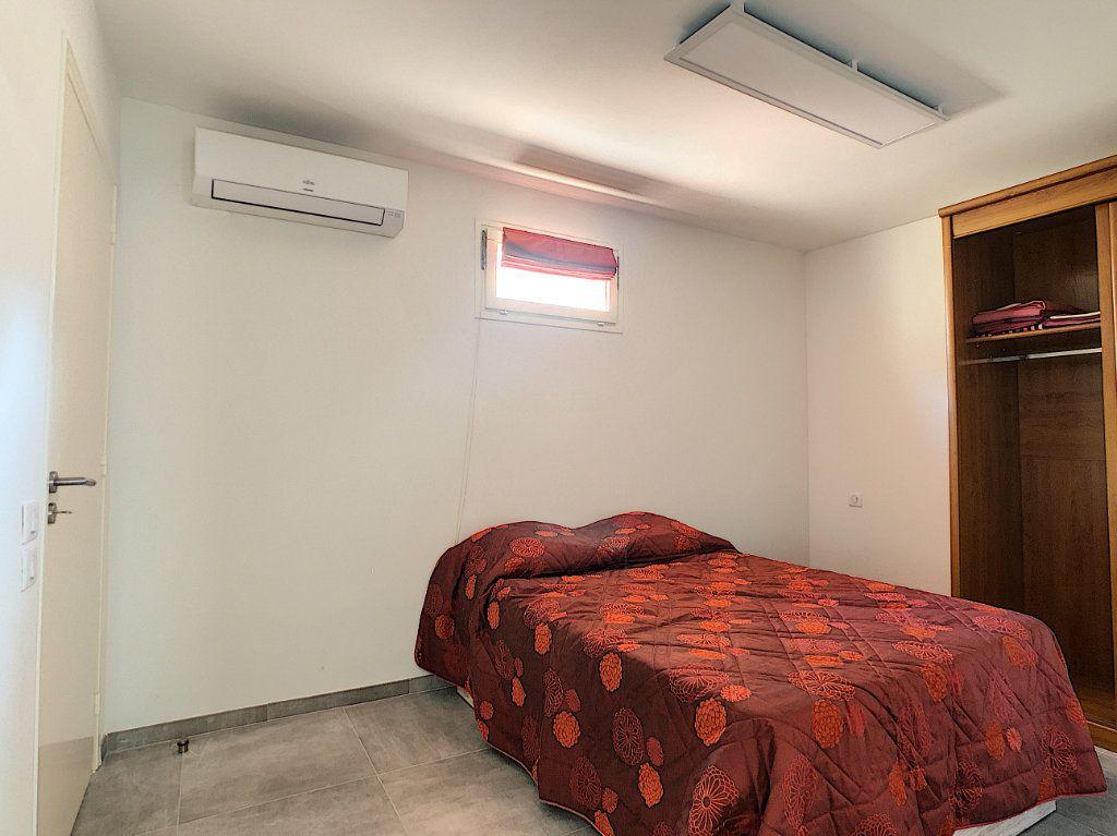 Appartement à louer 2 50m2 à Juan-les-Pins - Antibes vignette-6