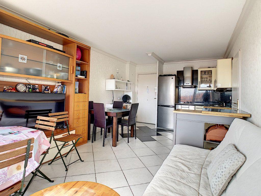 Appartement à vendre 2 34.6m2 à Antibes vignette-3