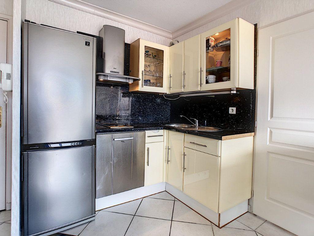 Appartement à vendre 2 34.6m2 à Antibes vignette-4