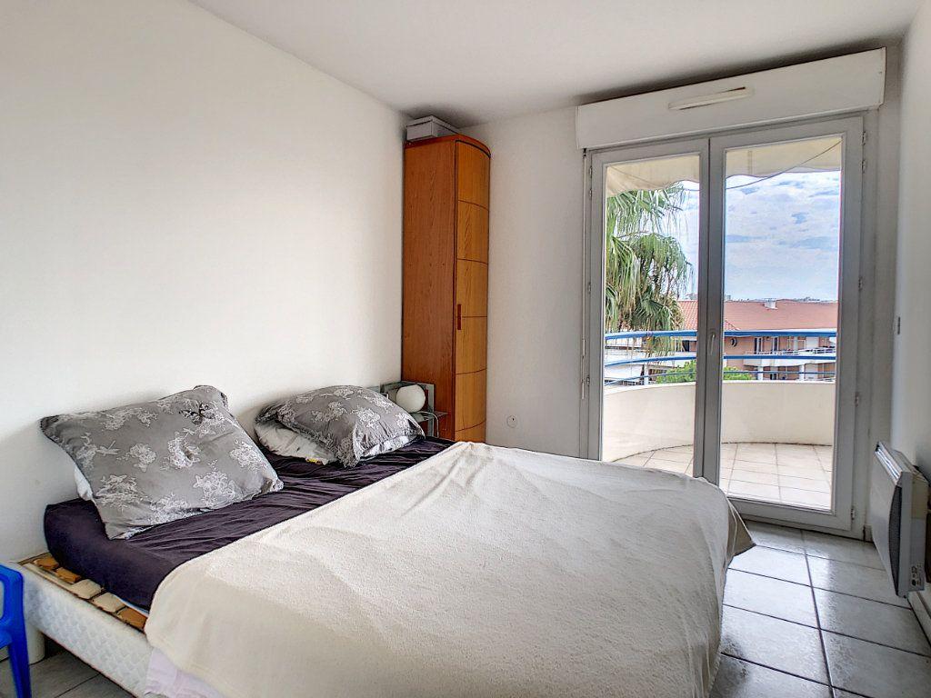 Appartement à vendre 2 34.6m2 à Antibes vignette-5