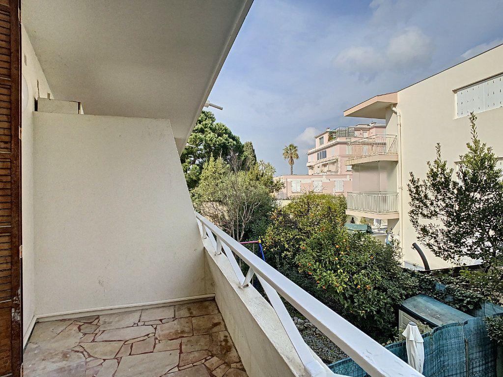 Appartement à vendre 1 21.38m2 à Cannes vignette-5